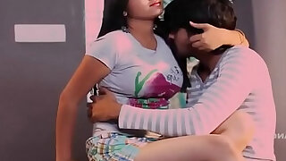 Indian Hot Romantic Pinky Bhabhi With His Boyfriend in VIllage