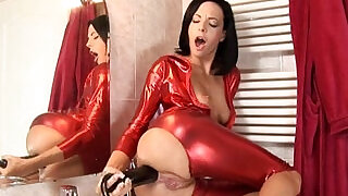 Aliz multiple thick brutal dildos stretch her tight asshole out!