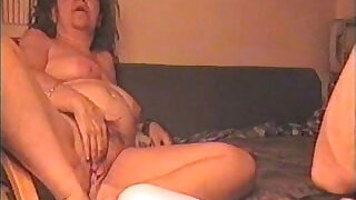 HOMEMADE SEX VIDEO mature couple having fun