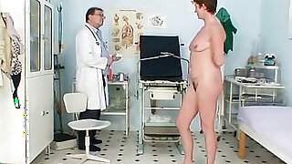 Milf with hairy pussy gyno examination in hospital