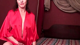 Horny soccer mom cuts open pantyhose and works her hairy cunt